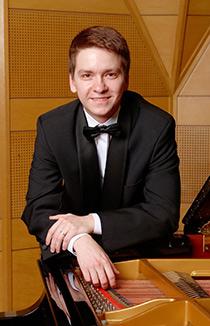 Илья Овчинников